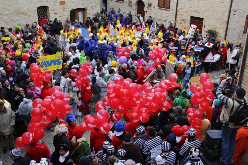 altidona carnevale piazza